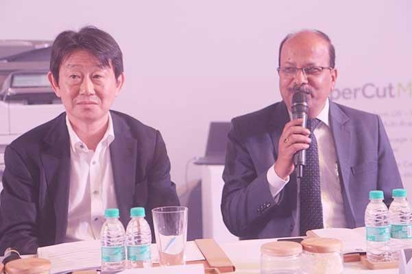 Shinji Minatogawa, Manu Paliwal