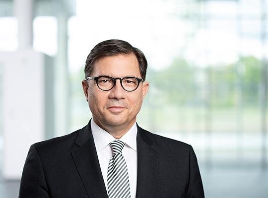 Dr Sven Schneider