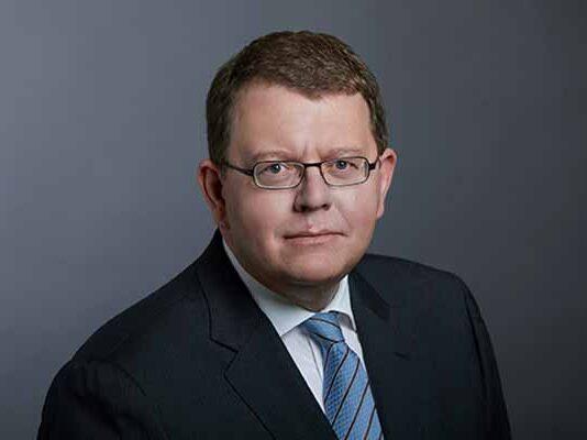 Michael Boll Infineon